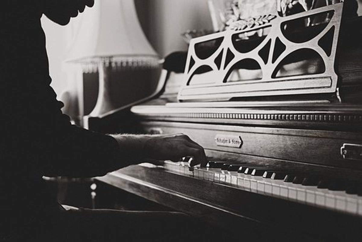 Hello Piano App